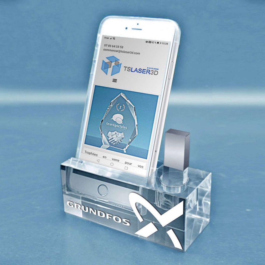 support-smartphone-en-verre