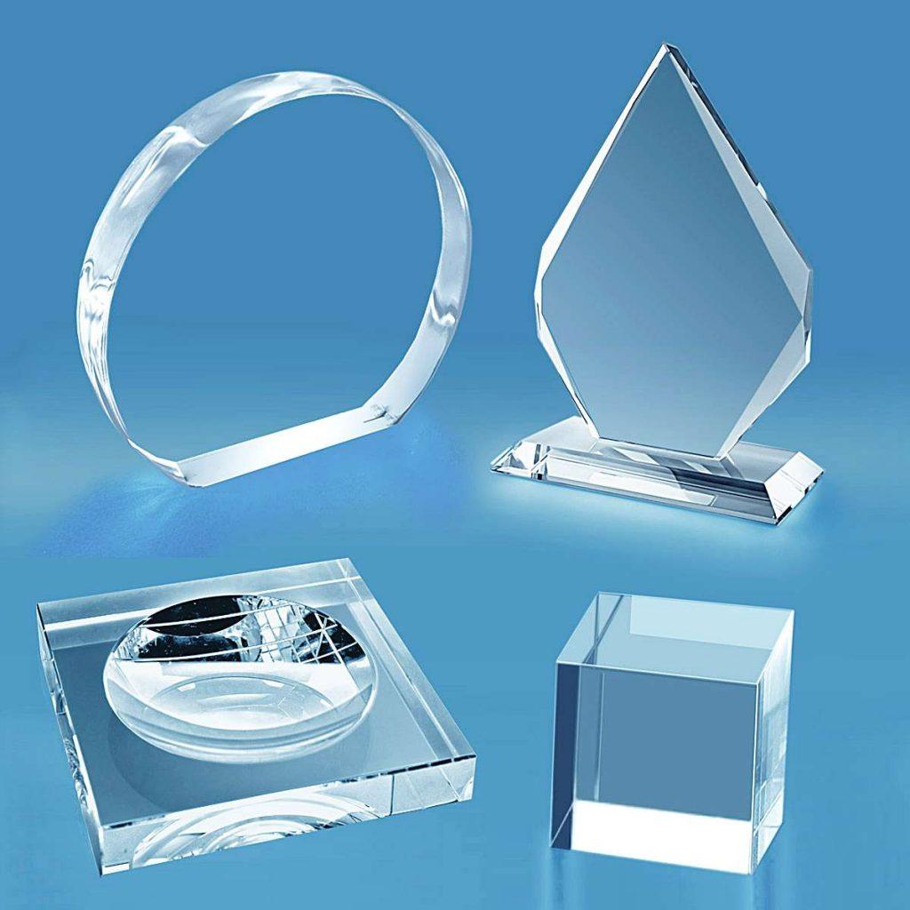 trophées et presse papier en verre vierge à personnaliser